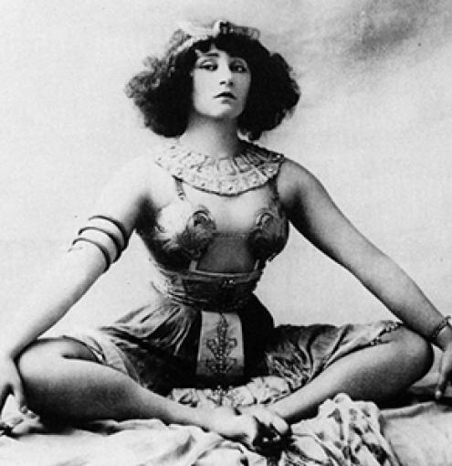 Colette: a tribute to a true free woman