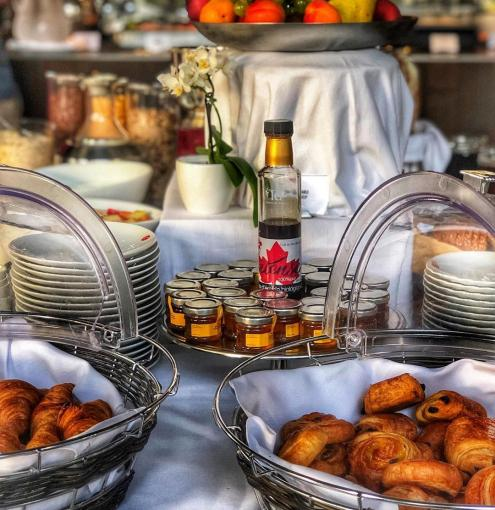 The restaurant Colette invites you to enjoy its show cooking at breakfast
